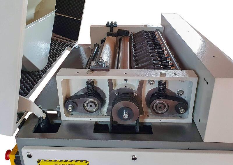 Grup prelucrare Masina de ringeluit la grosime RG 63 Wood IQ