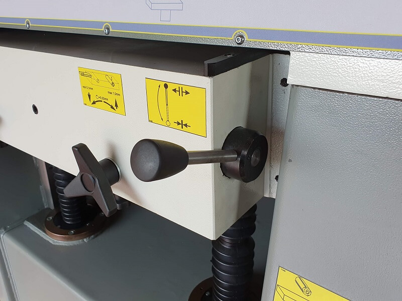 Opritor masa Masina de ringeluit la grosime RG 63 Wood IQ