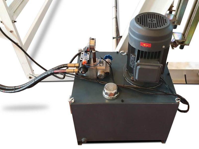 pompa hidraulica dotata cu manometru de presiune