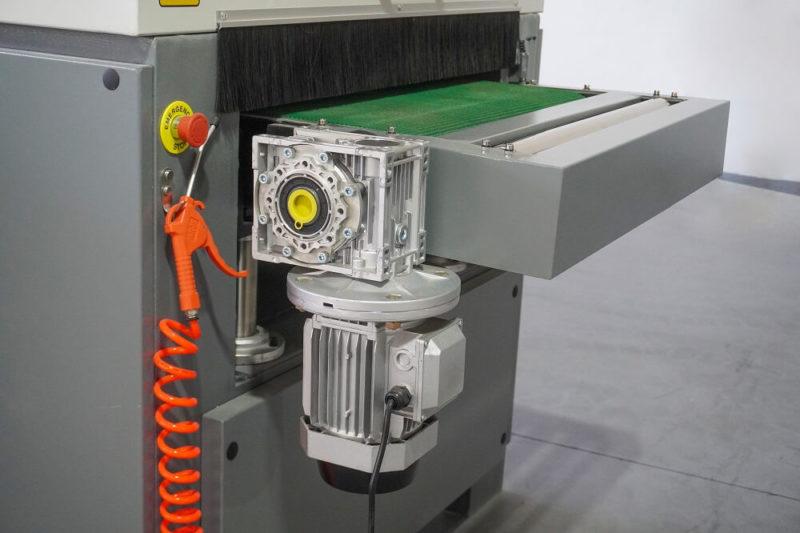 motoreductor pentru avansul covorului spa3 630